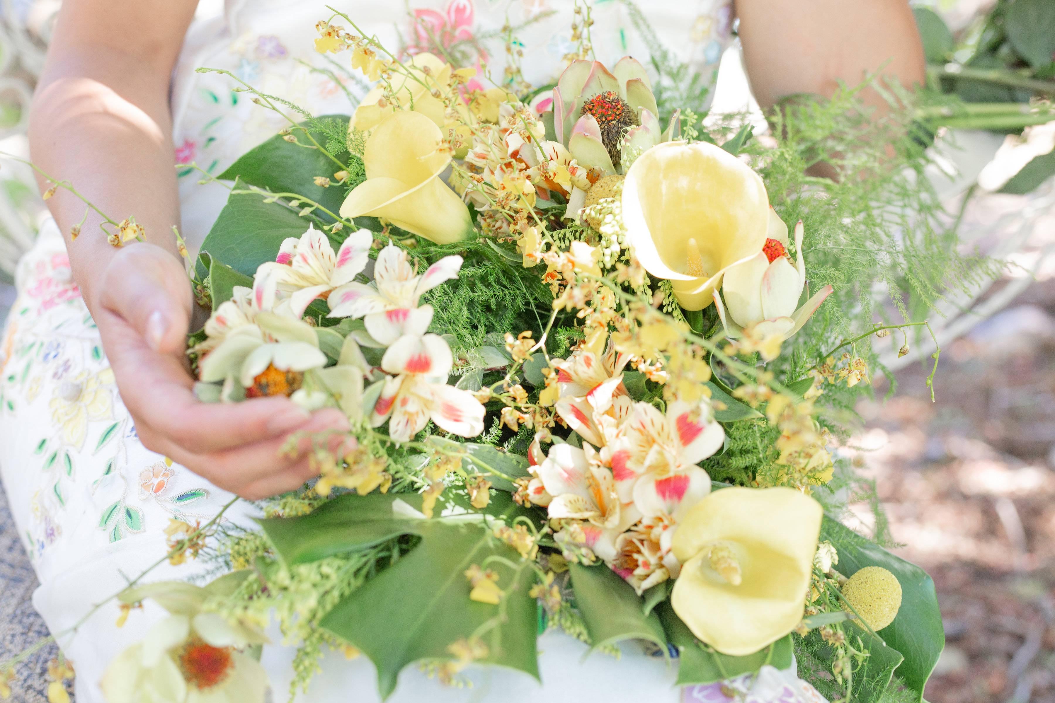 Soft Tropical Bouquet