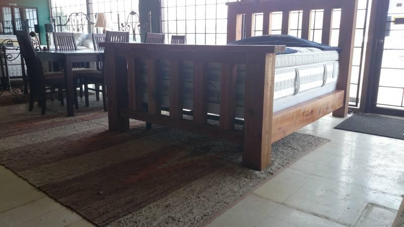 Cedar Queen size bed