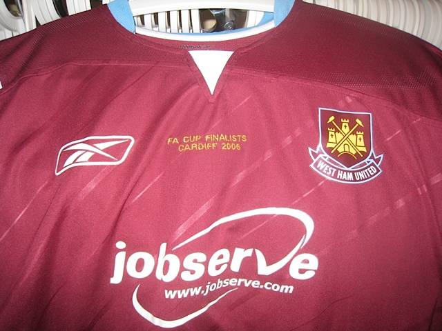 Unused home 2006 FA Cup Final shirt