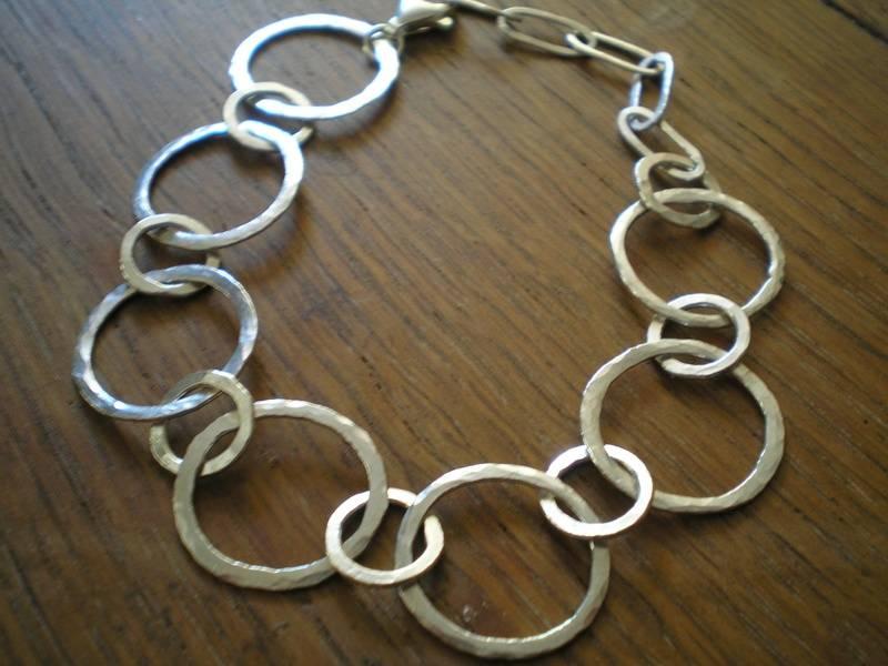 Silver loop Bracelet