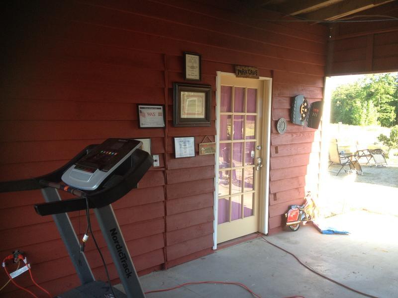 Ron N4VZ & Kate K4VZT's Ham shack Resort