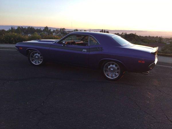 22.72 Dodge Challenger