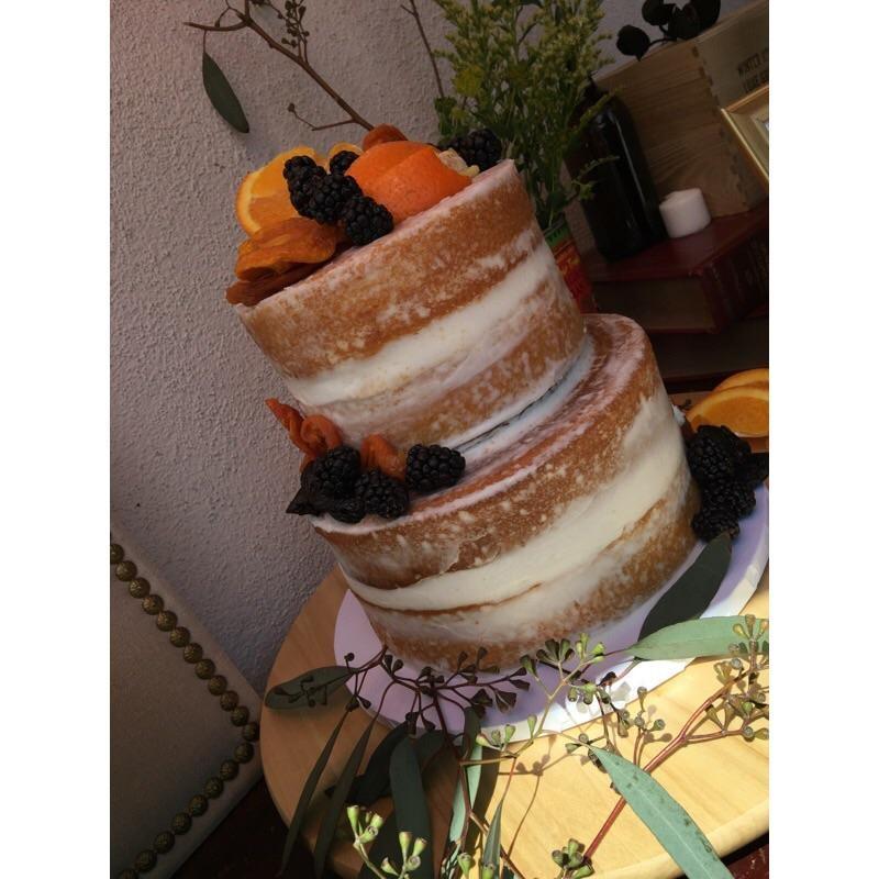 Naked Cake Pina Colada