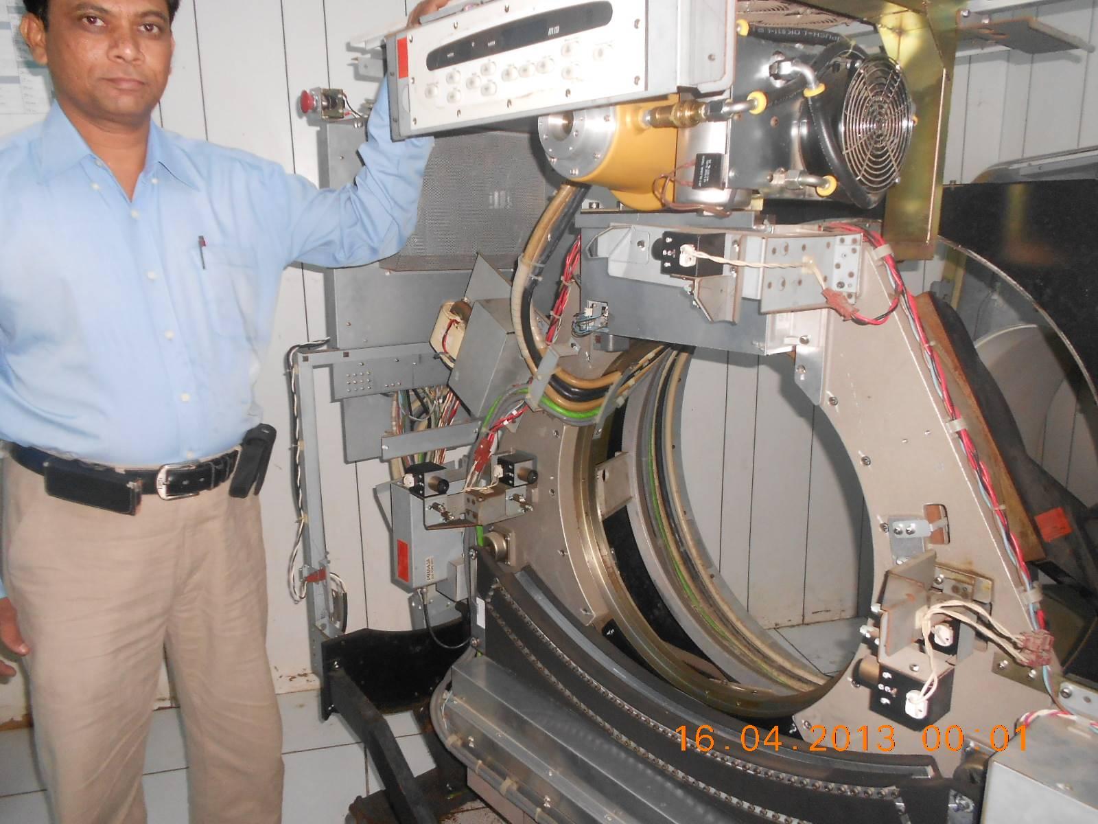 Mr.Arthur Singh with open Gantry.