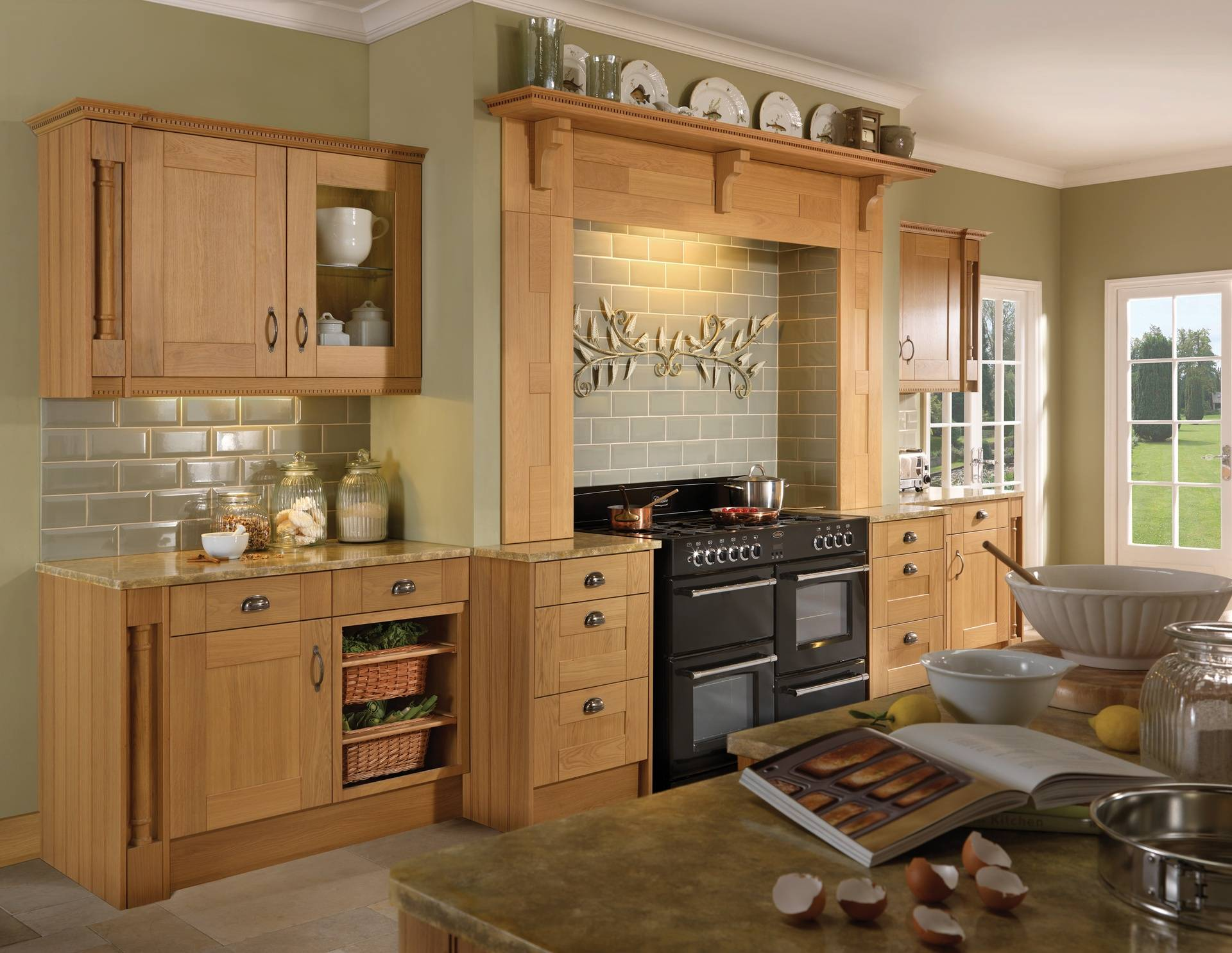 COLONIAL PENDLE OAK KITCHEN