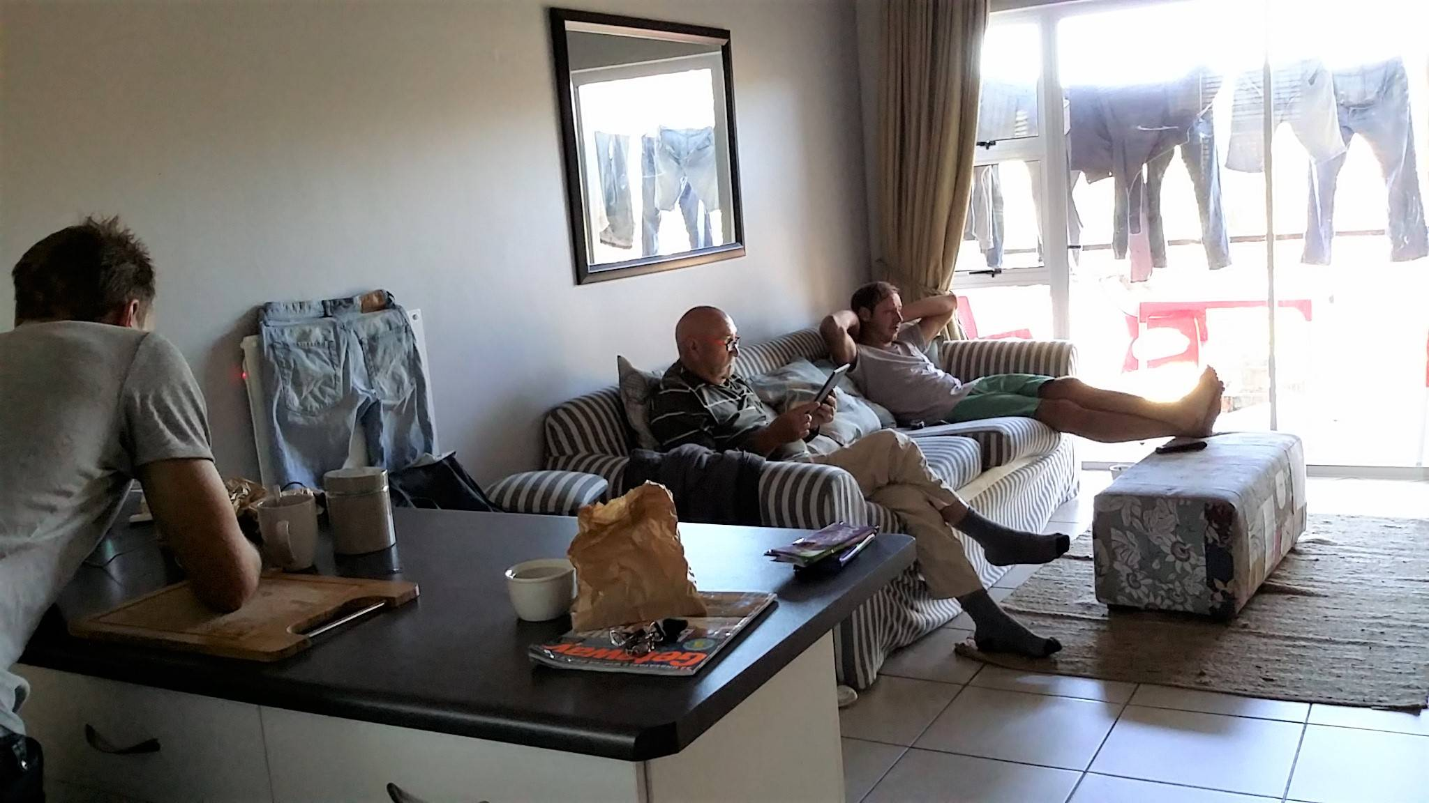 After a fun night out, the boys seem a little quiet this morning!! Rented a 2 bedroom apartment for 5 days. good to relax, do the boys weeks load of laundry and time for Micheal to heal his neck problem.