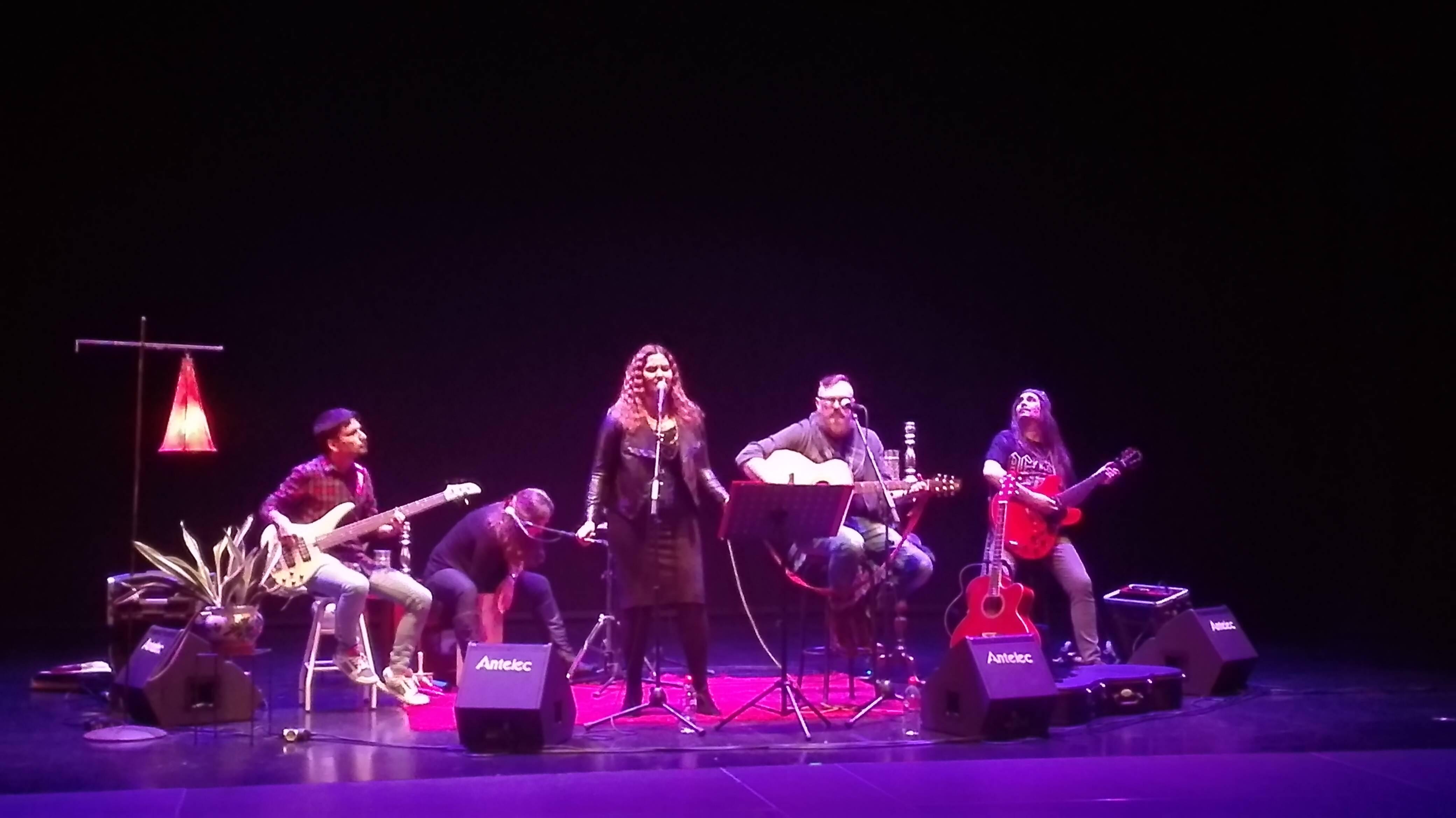 Junto con otros músicos de Motril