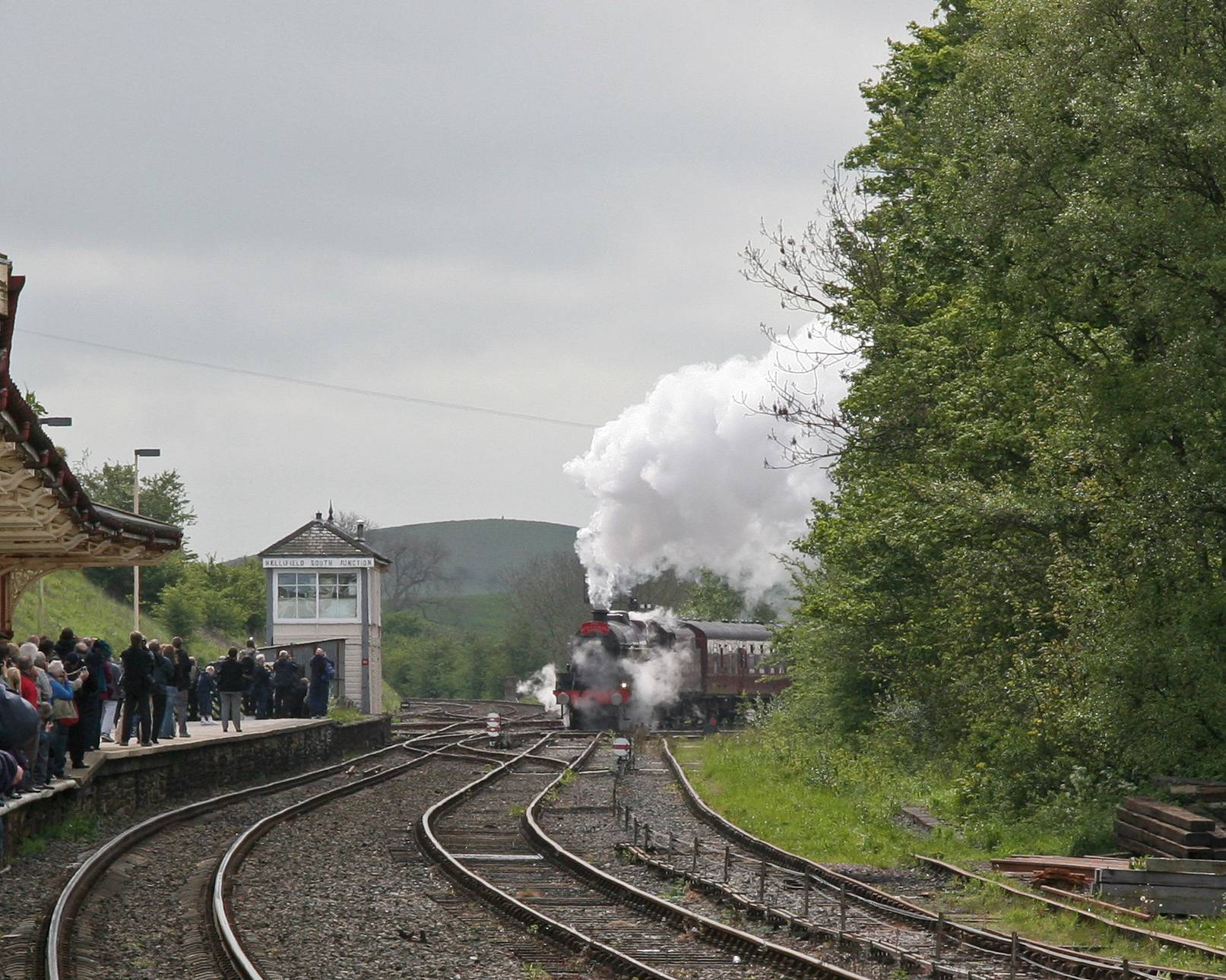 Leander draws into Hellifield