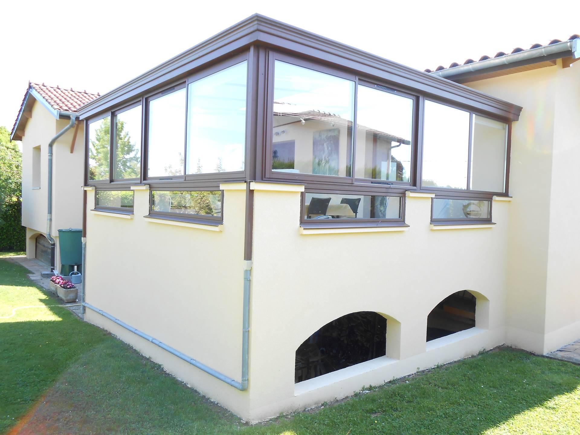 Véranda sur terrasse à l'étage