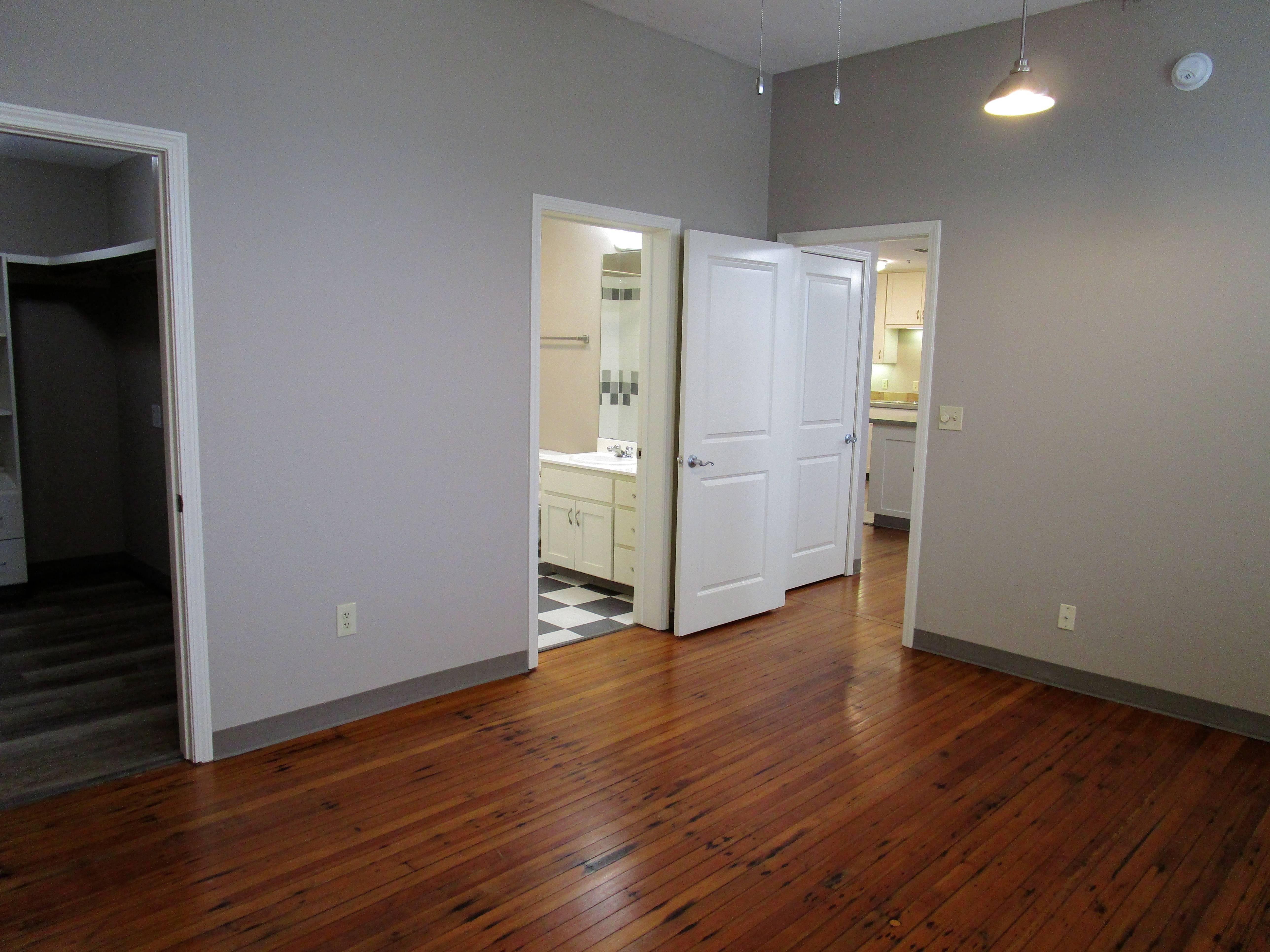 Apartment Home #530, Floor Plan E