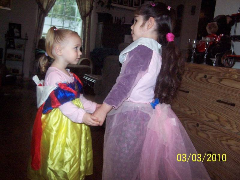 Snow White and Cinderella Dancing