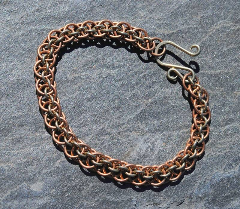 Flat vipera bracelet