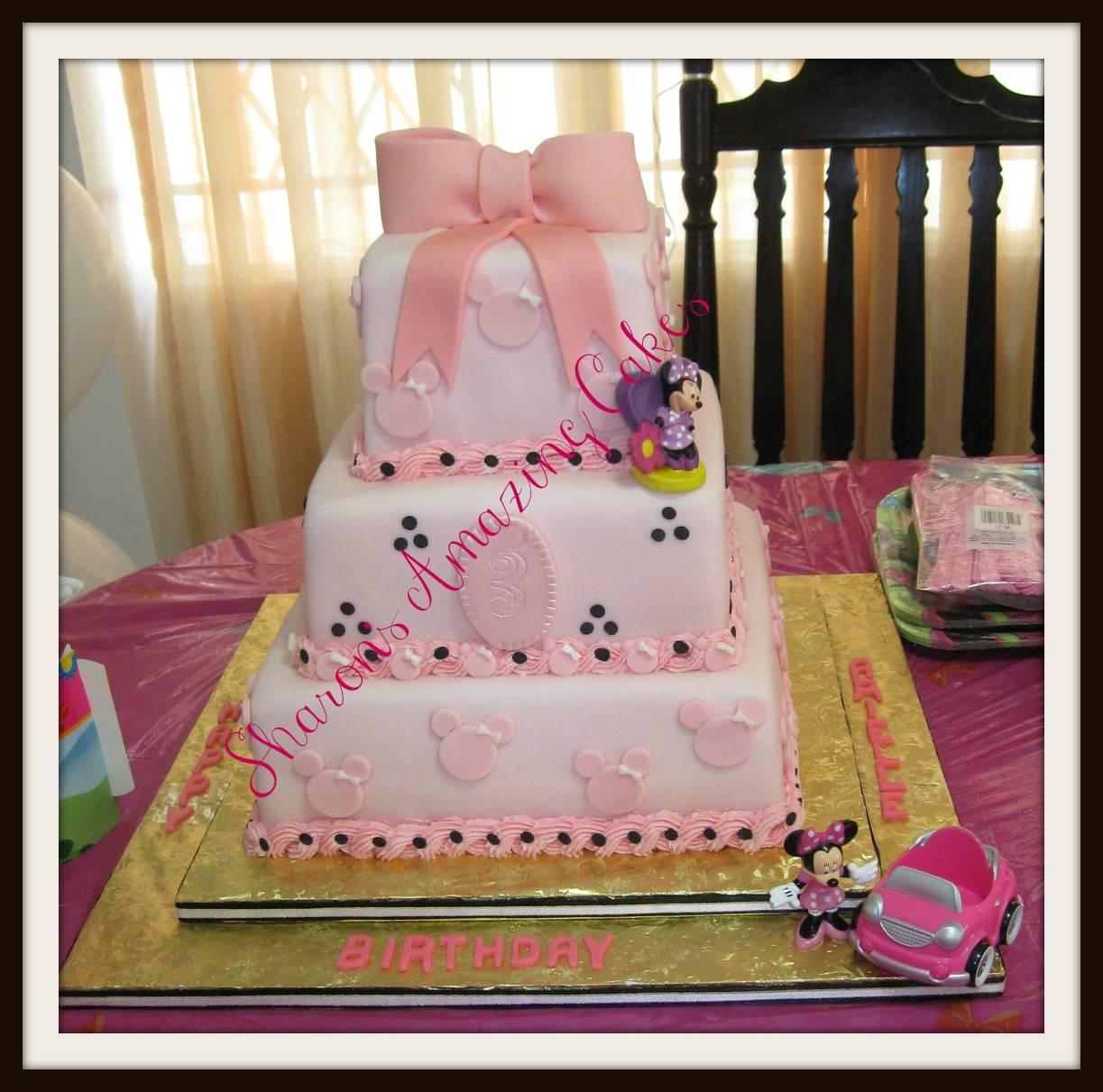 CAKE 42A1 - MINNIE MOUSE CAKE
