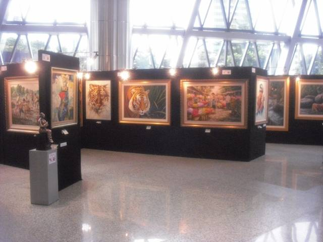 painting and sculpture exhibition bakrie tower 2011