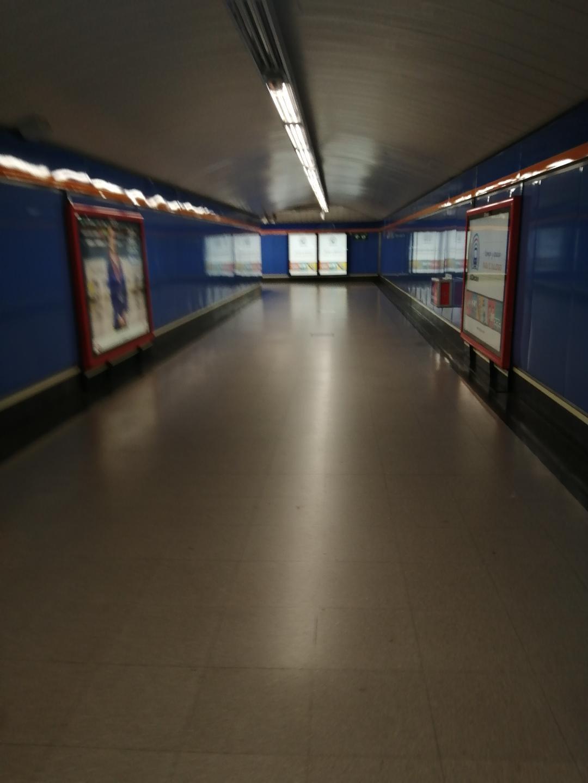 Metro de Madrid ciudad fantasma