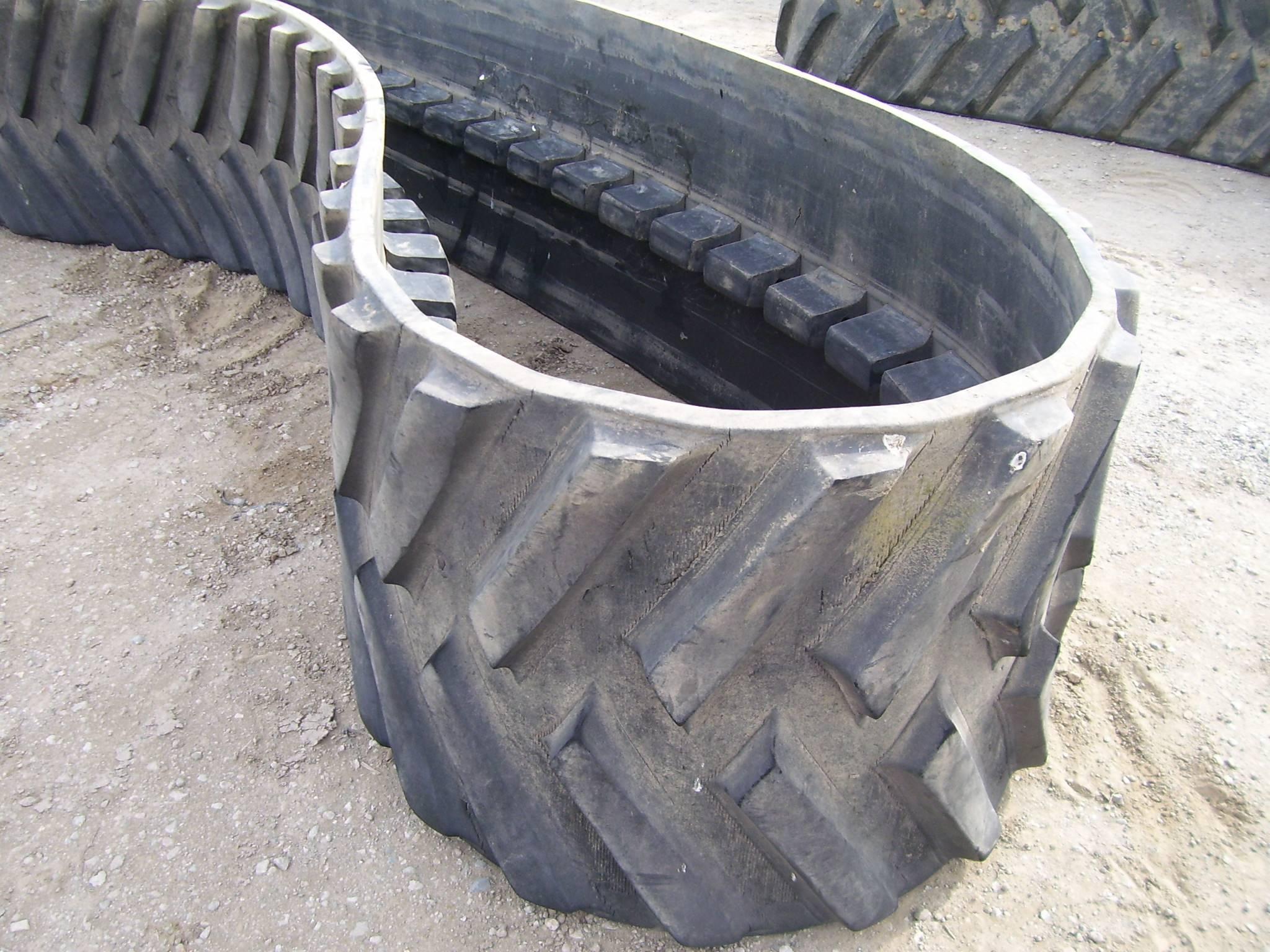 "MT-700, 30"" Camoplast 5500 Series Belt"