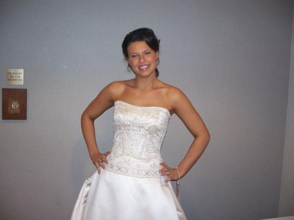 Kelley at a bridal show as a model