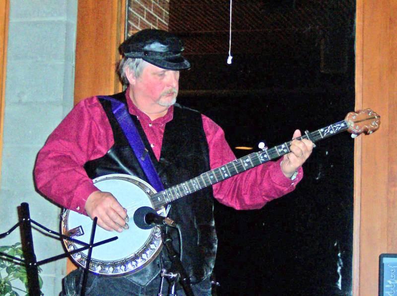 Allen Hopkins banjo at Cafe Veritas
