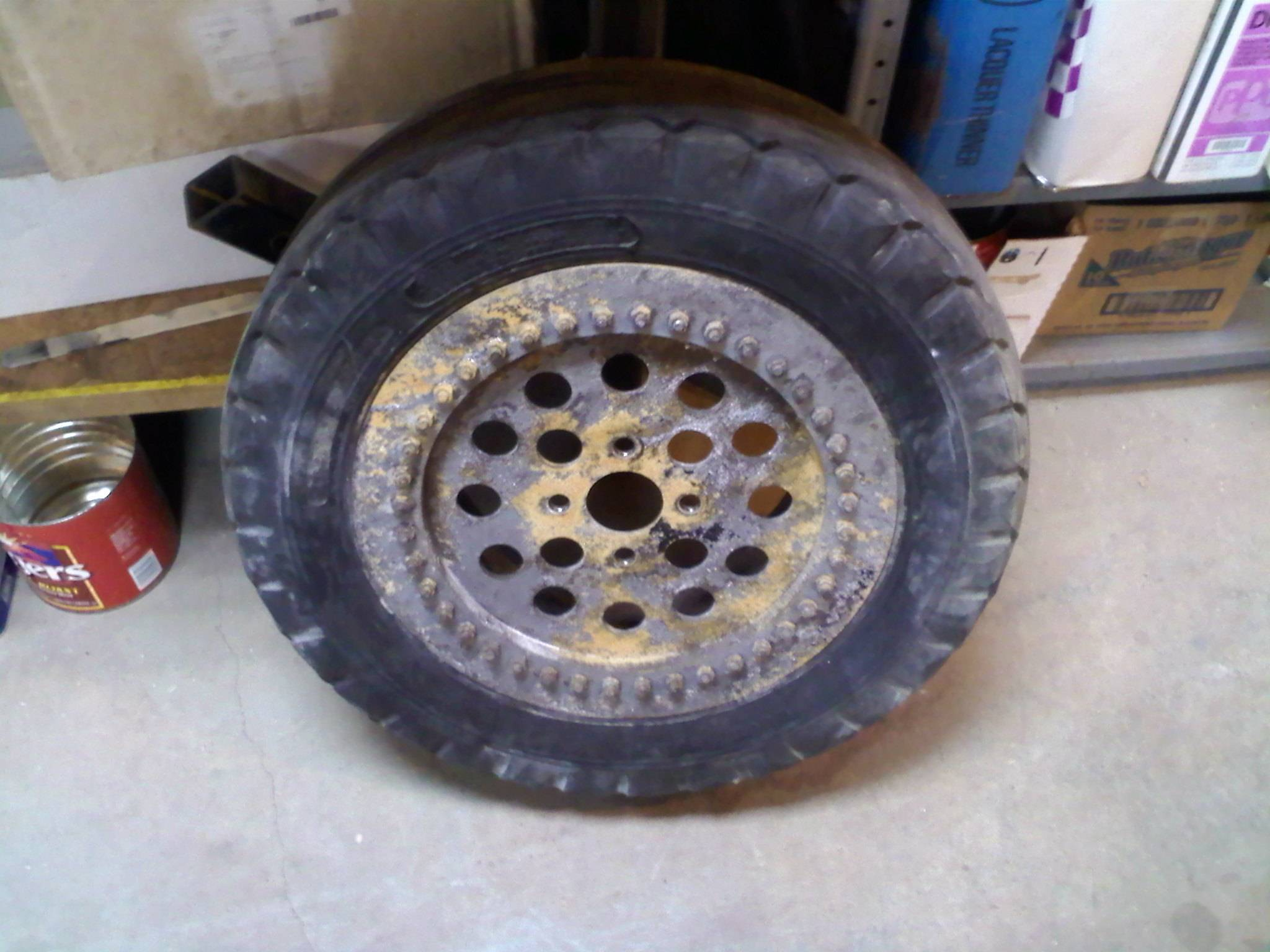 Special built rims and aircraft tires