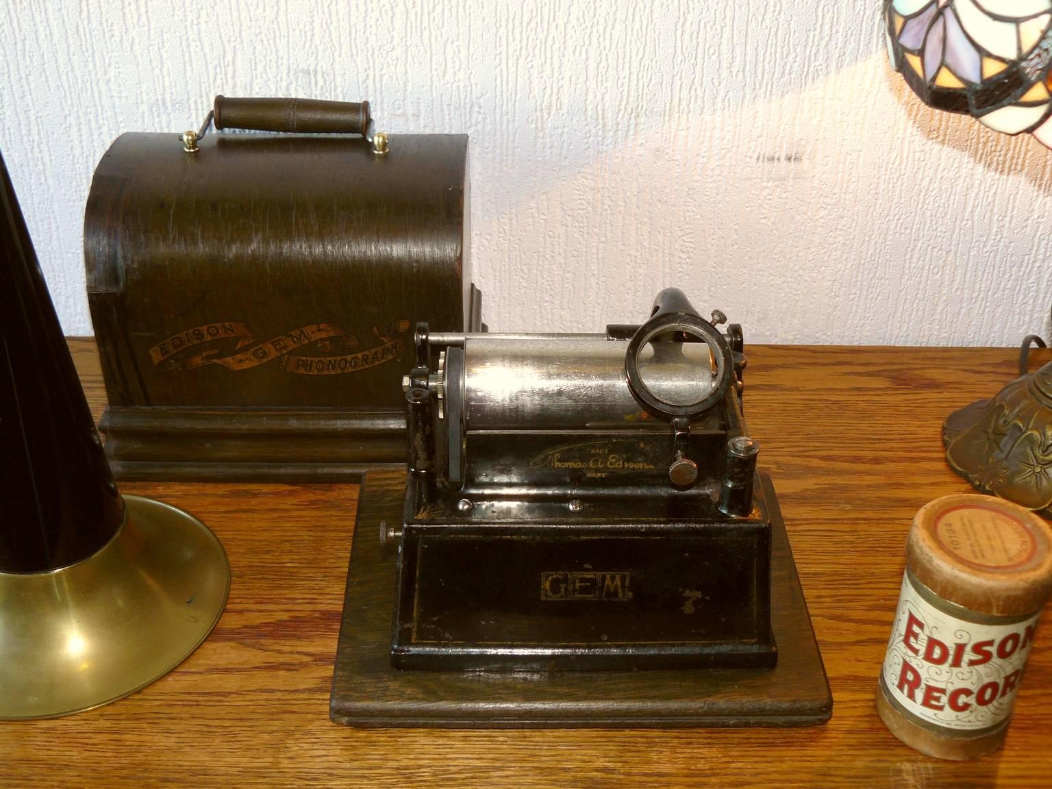 Edison Gem Phonograph 2