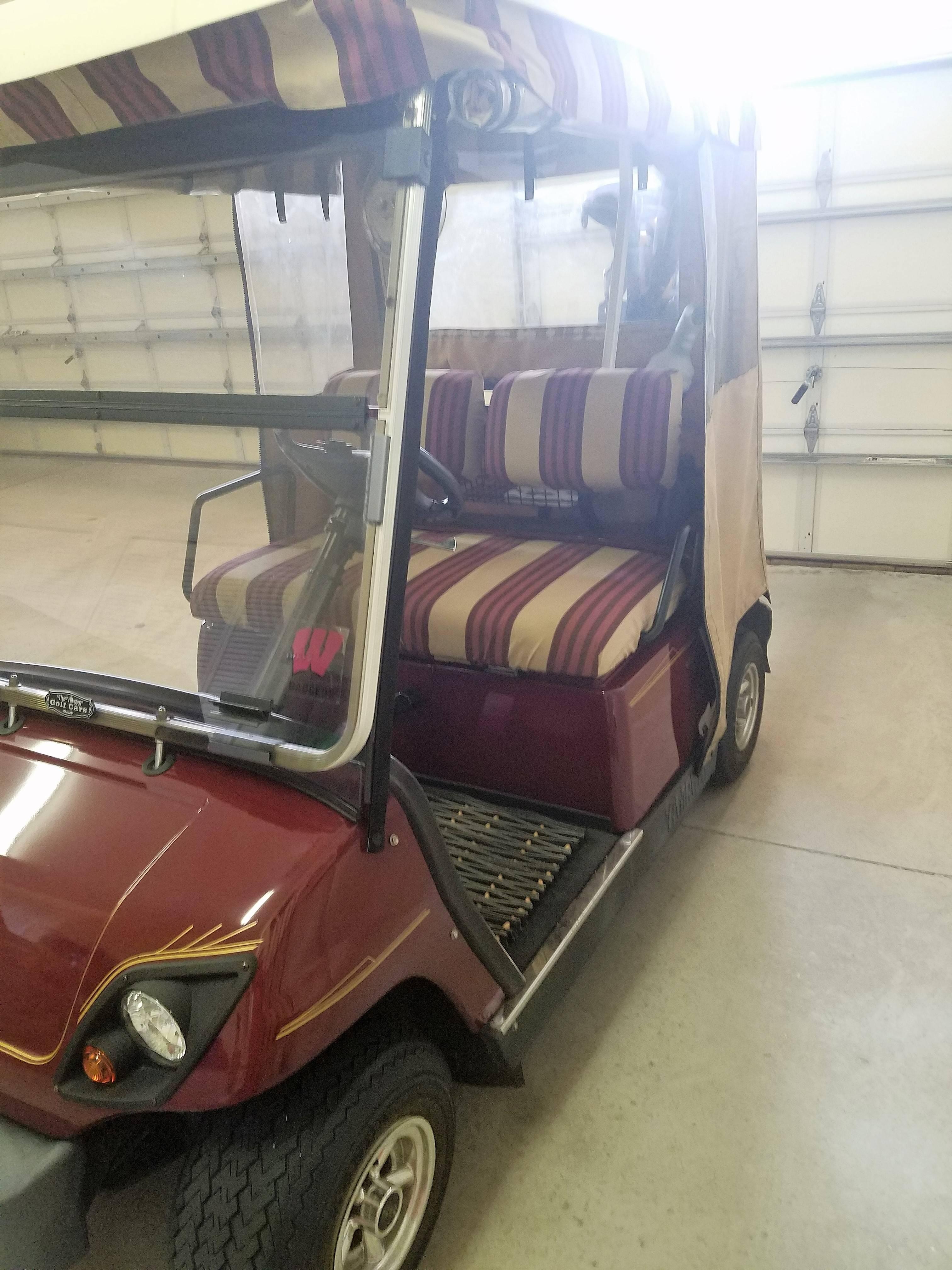 2007 Gas Yamaha golf cart