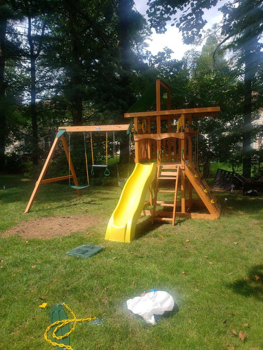 Gorilla playsets outing assembly in Potomac Maryland
