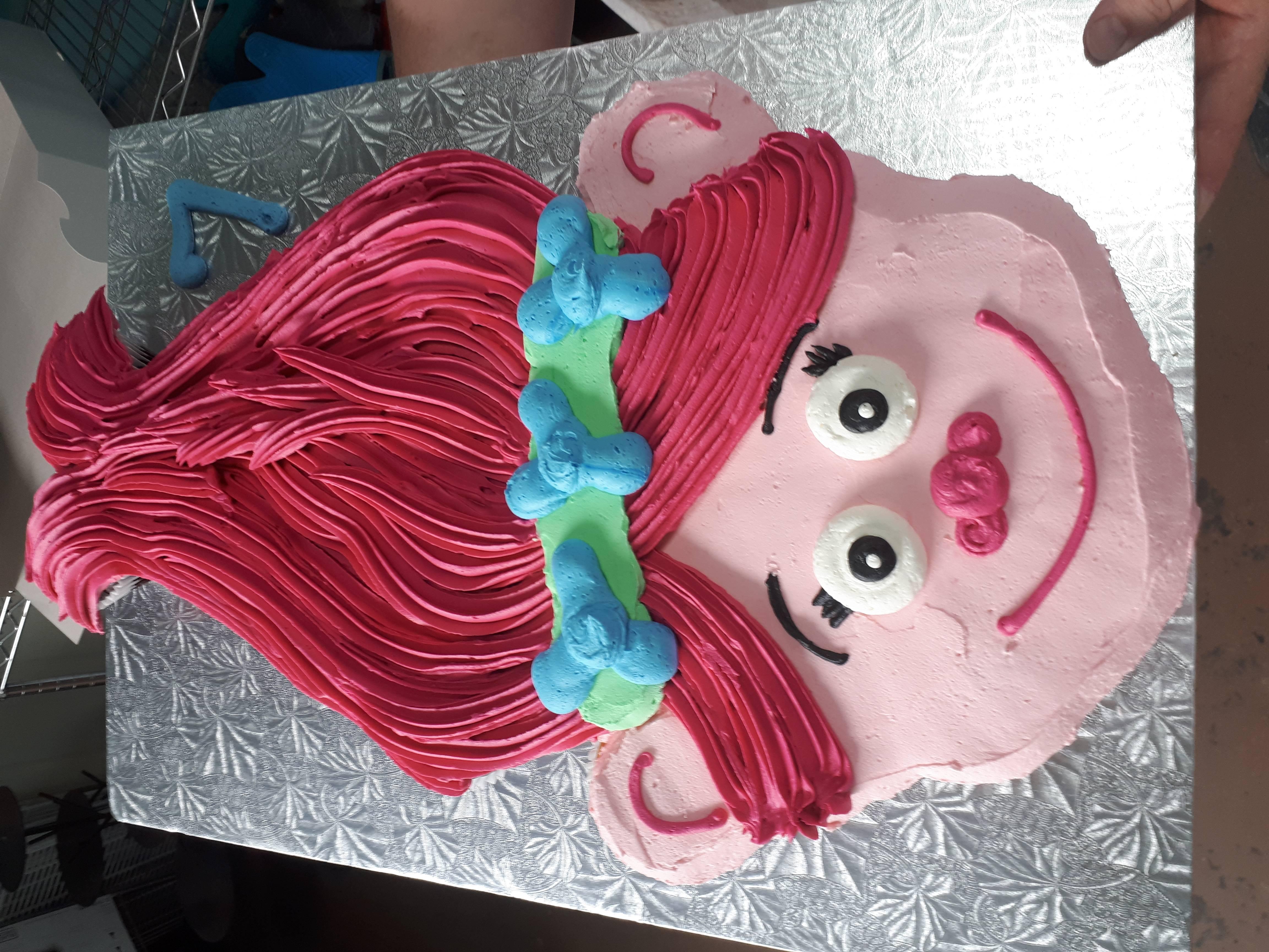 Trolls pull apart cupcake cake
