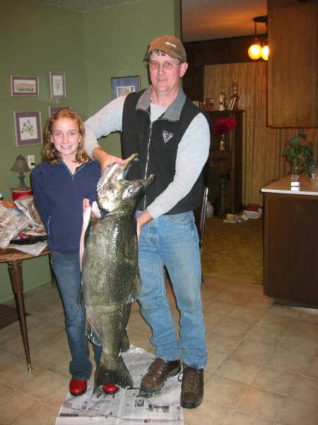 David, Nicole & the King Salmon 10-9-04