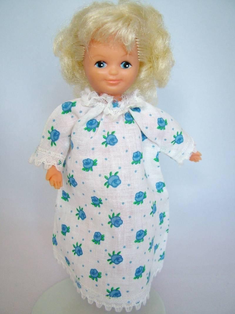 Betsy in Sleep Tight blue variation