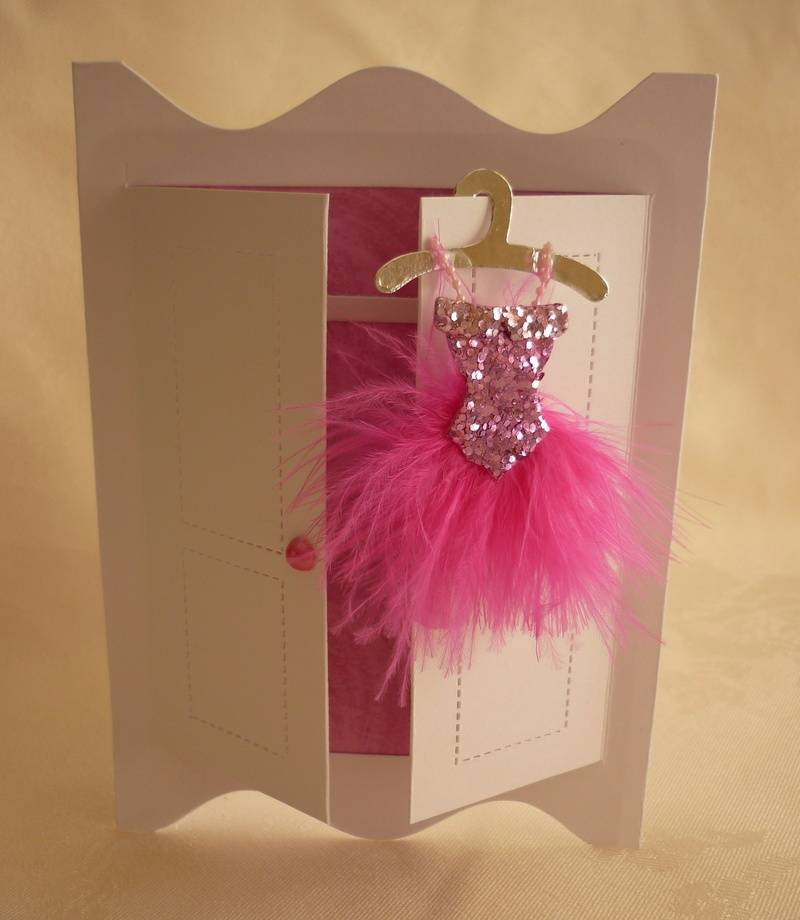Easiest Card Ever - Feather dress wardrobe