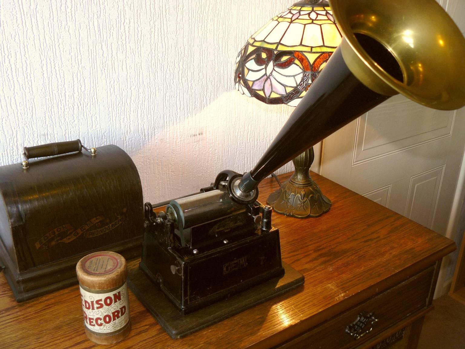 Edison Gem Phonograph 3