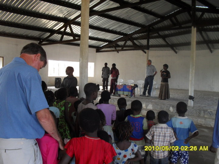 In new church building at Meize