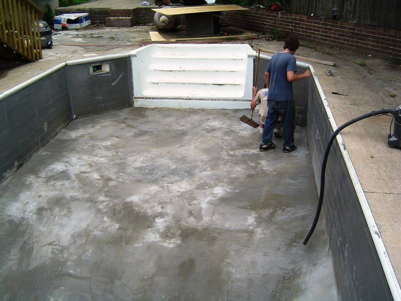 pool drain cleaning