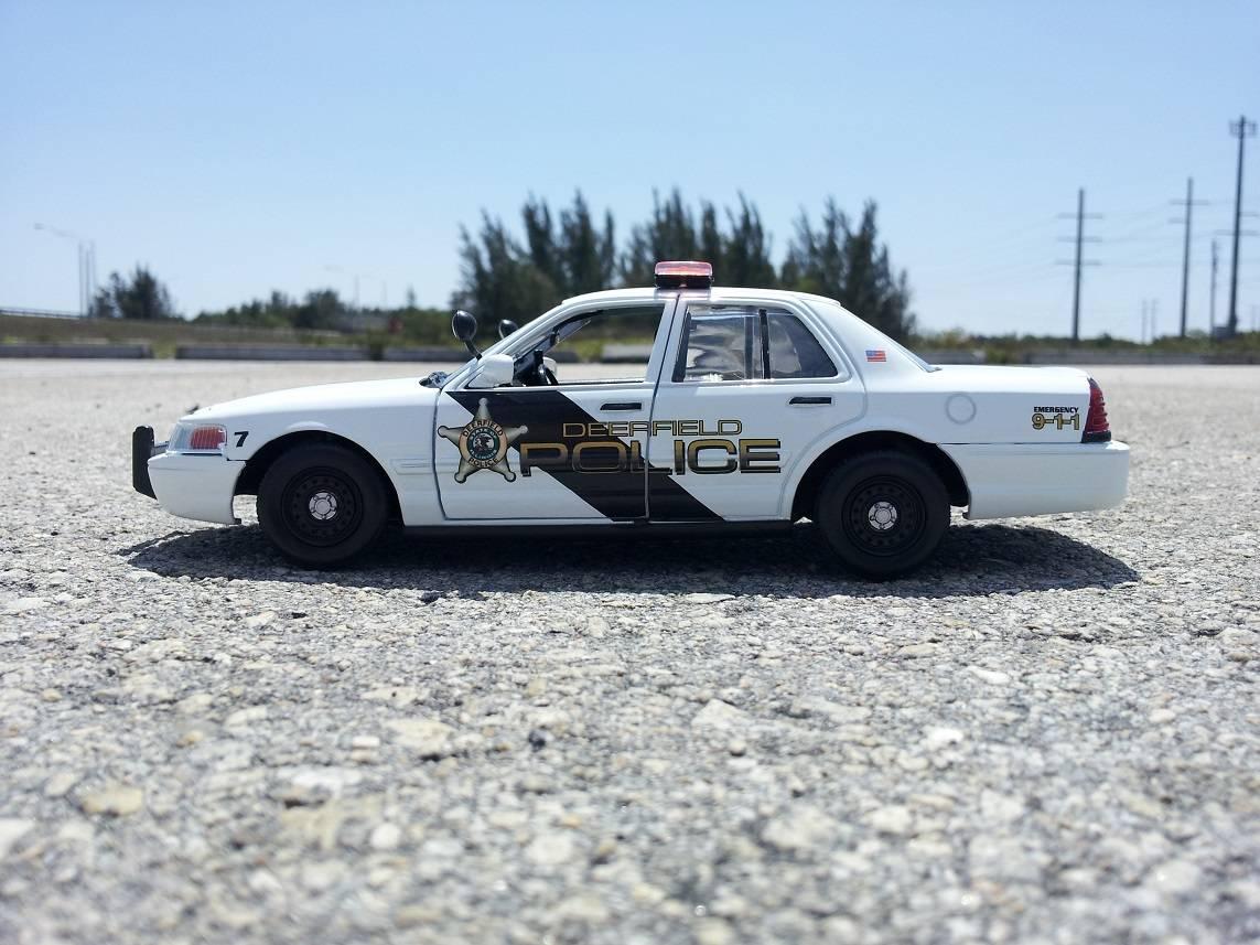DEERFIELD POLICE DEPARTMENT, IL