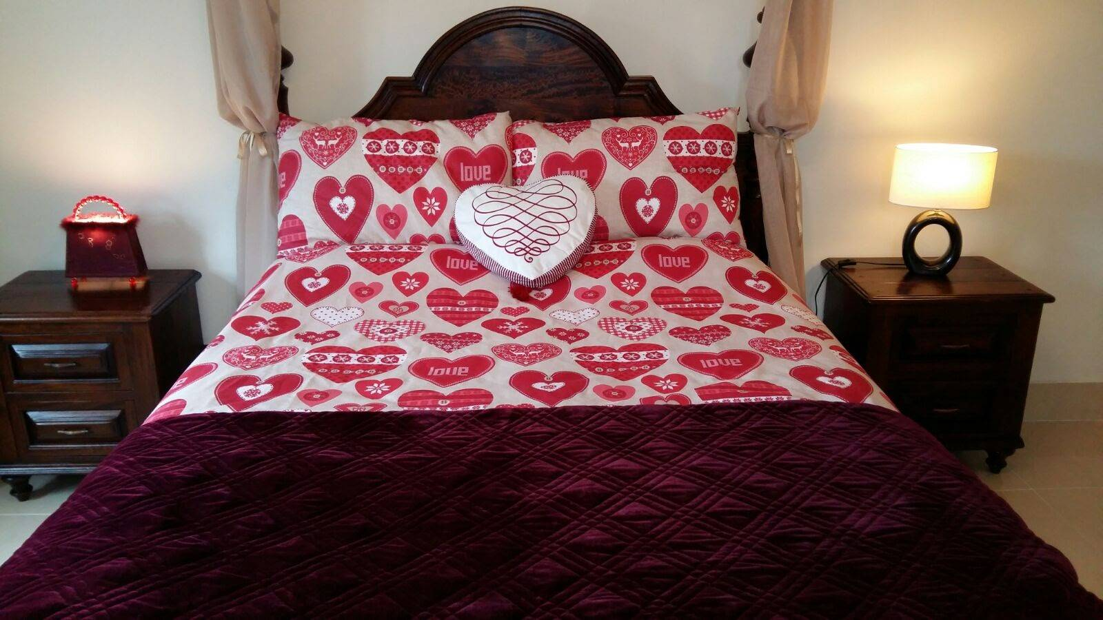Four-Poster King Bed