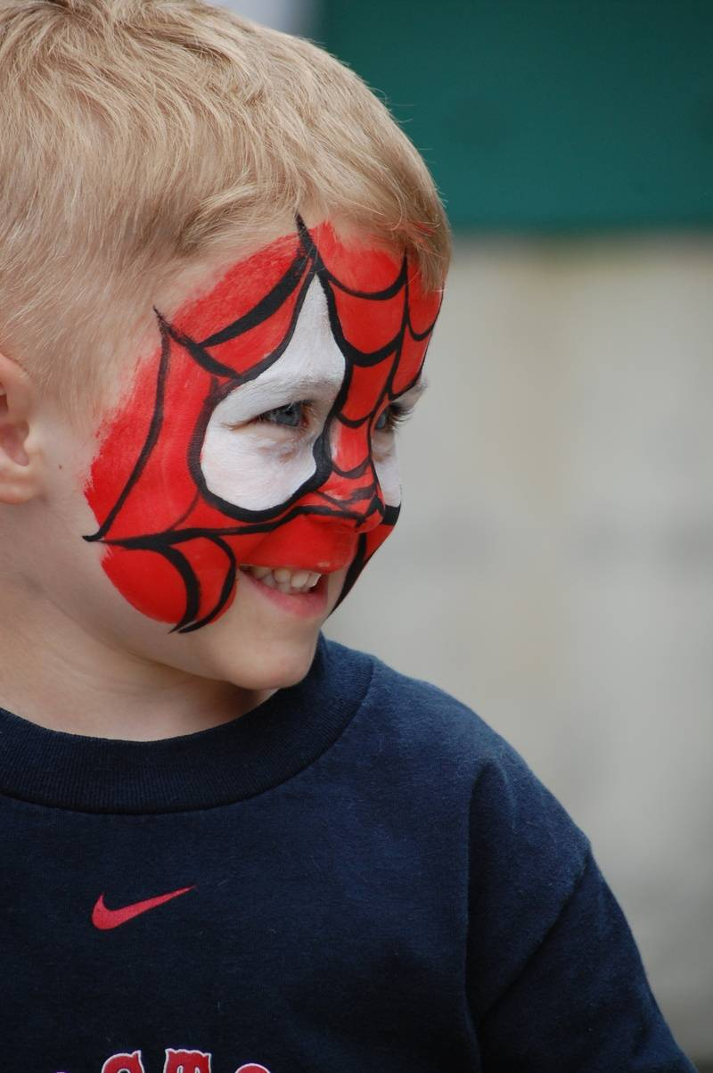Face painting Rocks!