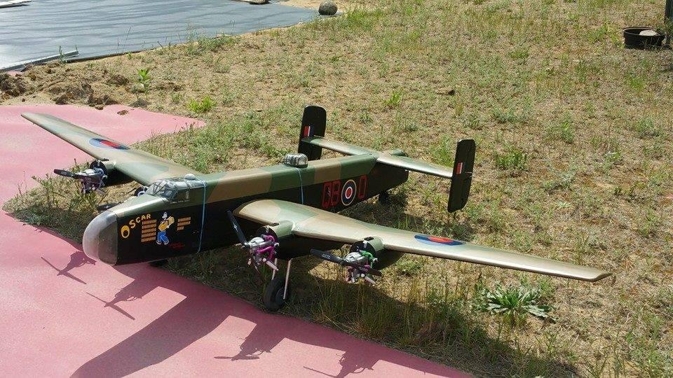 Dieter's Handley Page Halifax Heavy Bomber