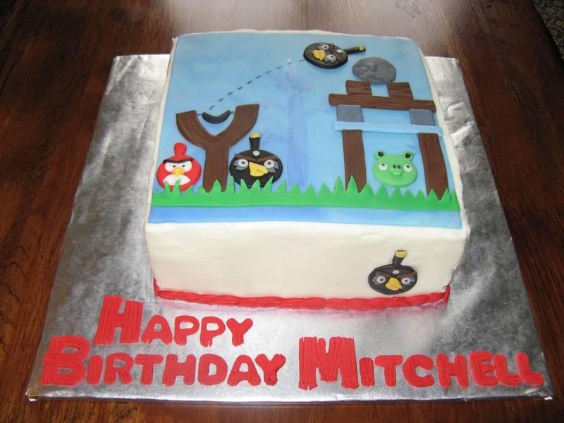 Square Angry Birds cake