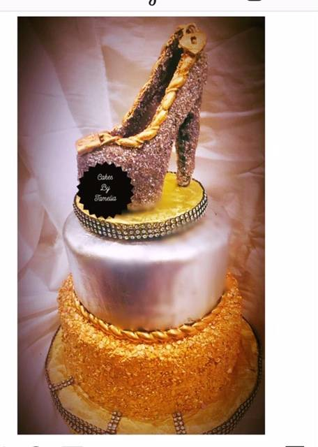 sikver and gold cakes