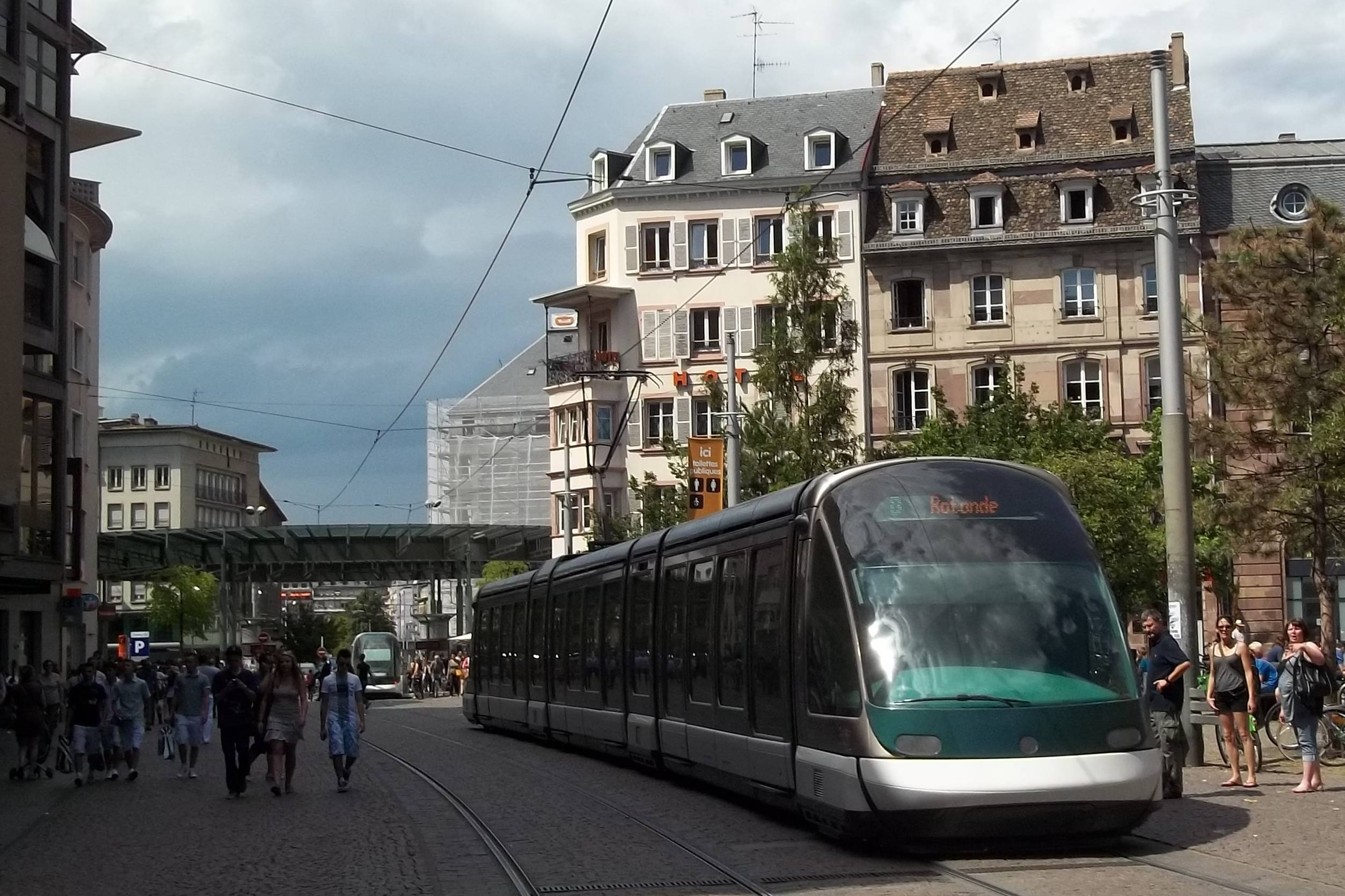Eurotram approaching Place de l'Homme de Fer.