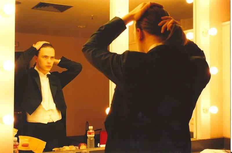 Markus Groh preparing 1