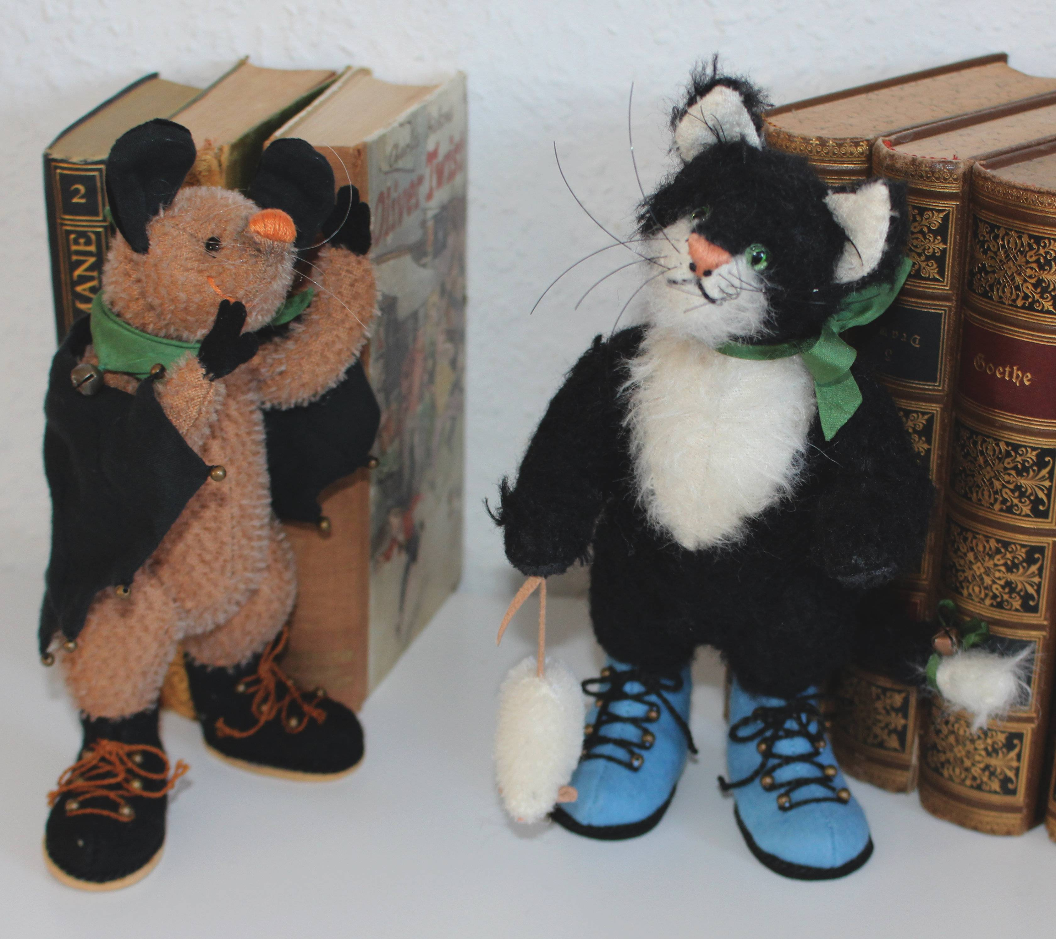 Kater Aladin (Unikat) und Fledermaus Lola