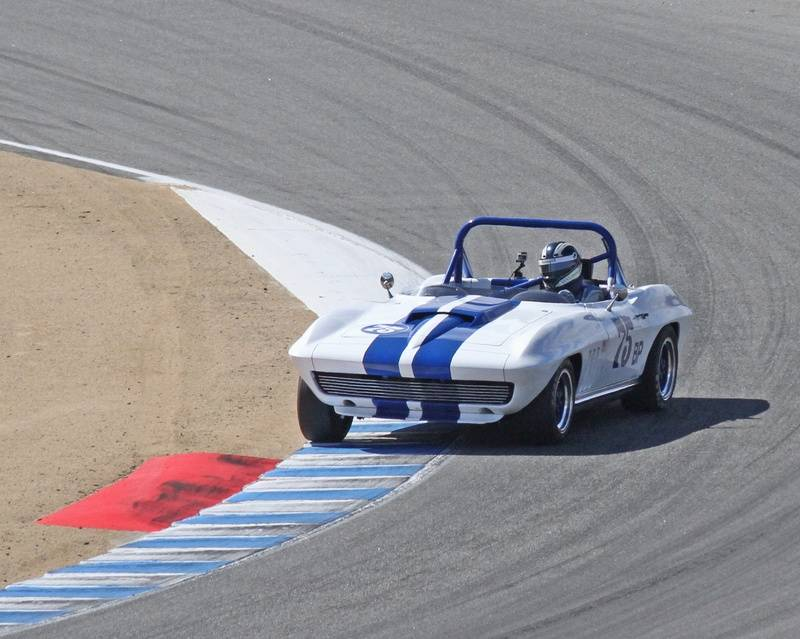 Winner : 1963-1966 GT Cars over 2500cc
