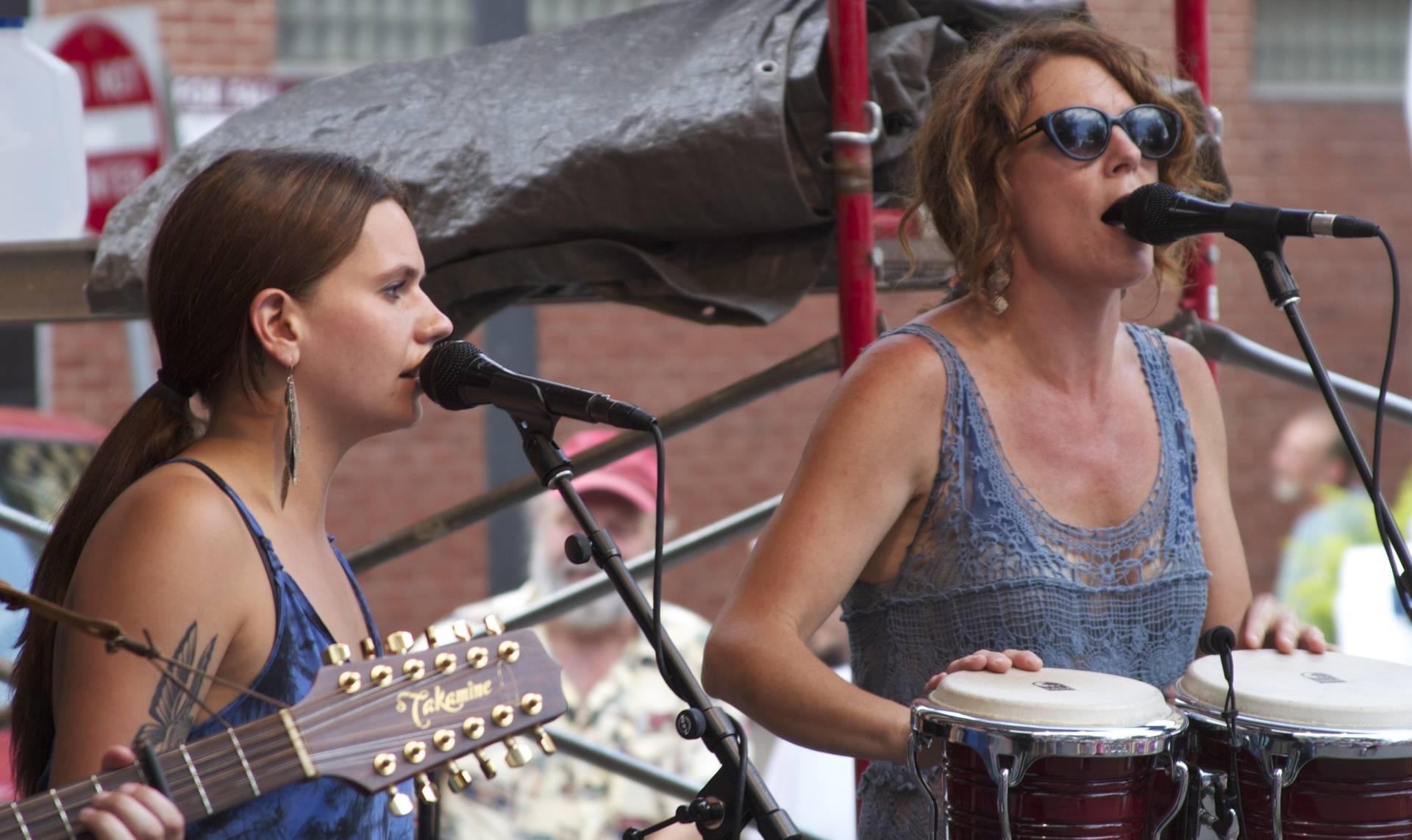 Natalie and Mollie-Allen Street_2