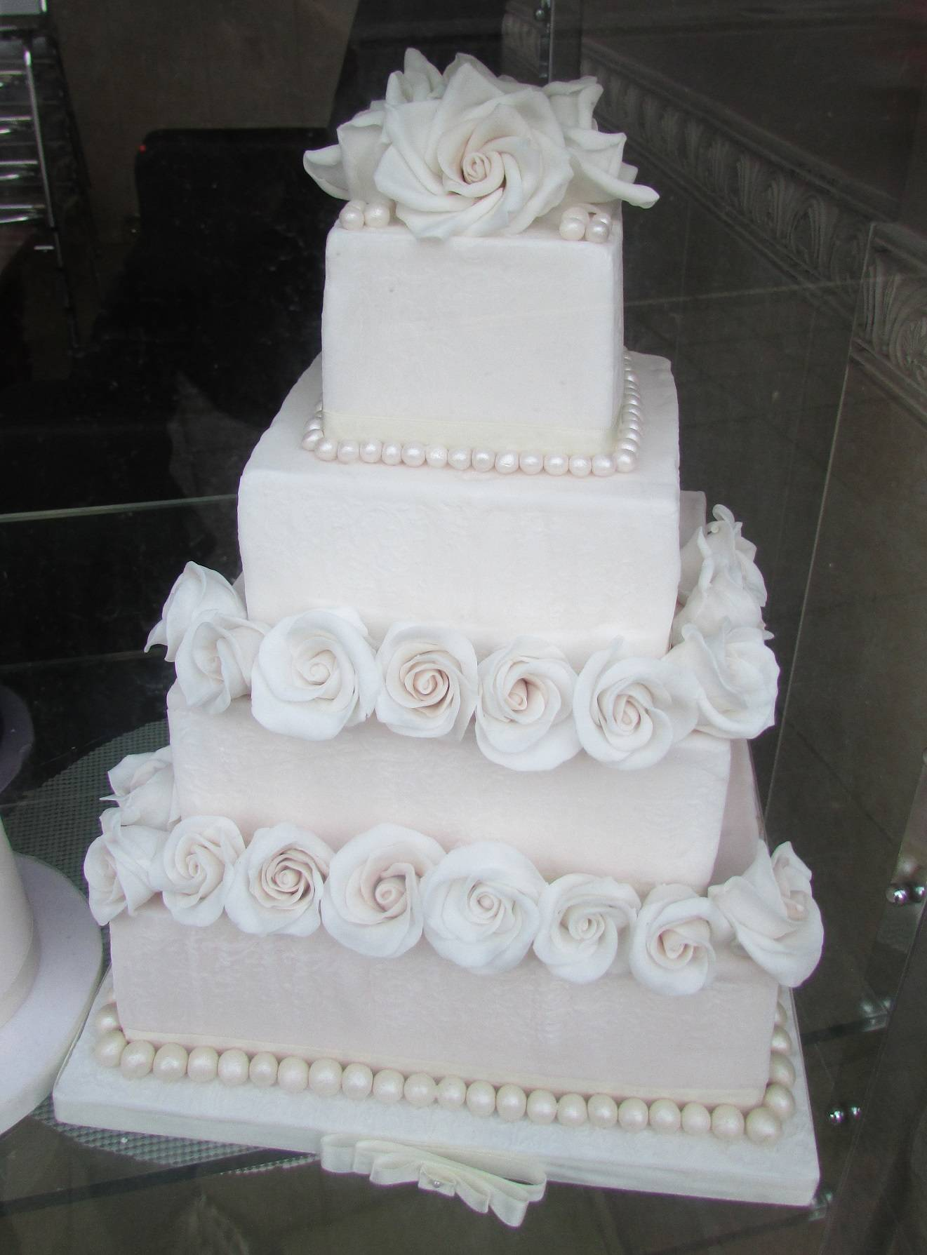 Roses and Pearls Square Tiered Wedding Cake