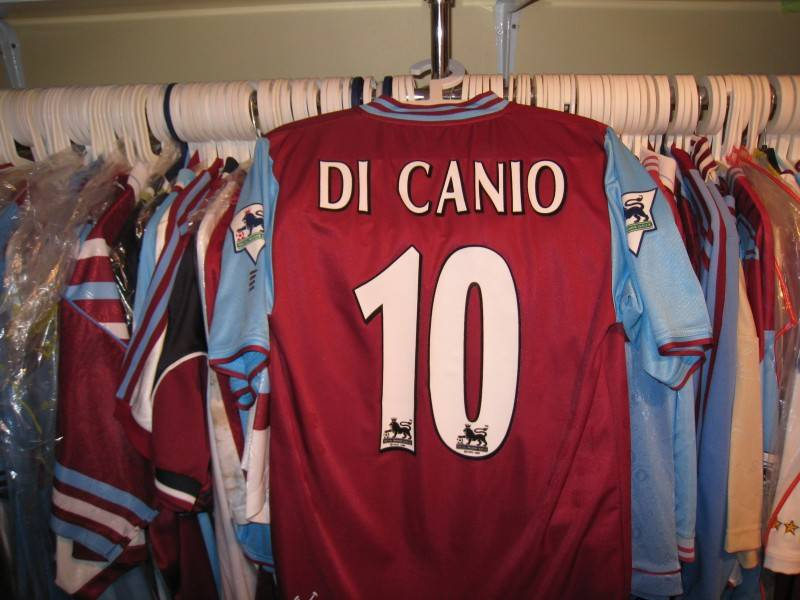 Paolo Di Canio worn 2003 shirt his last home shirt worn for West Ham