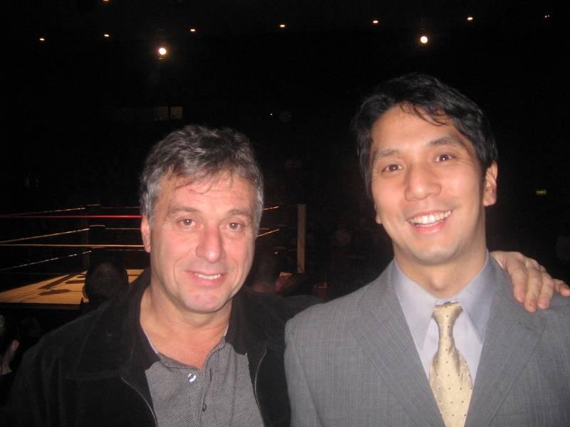 Steve Grey and Japanese fan