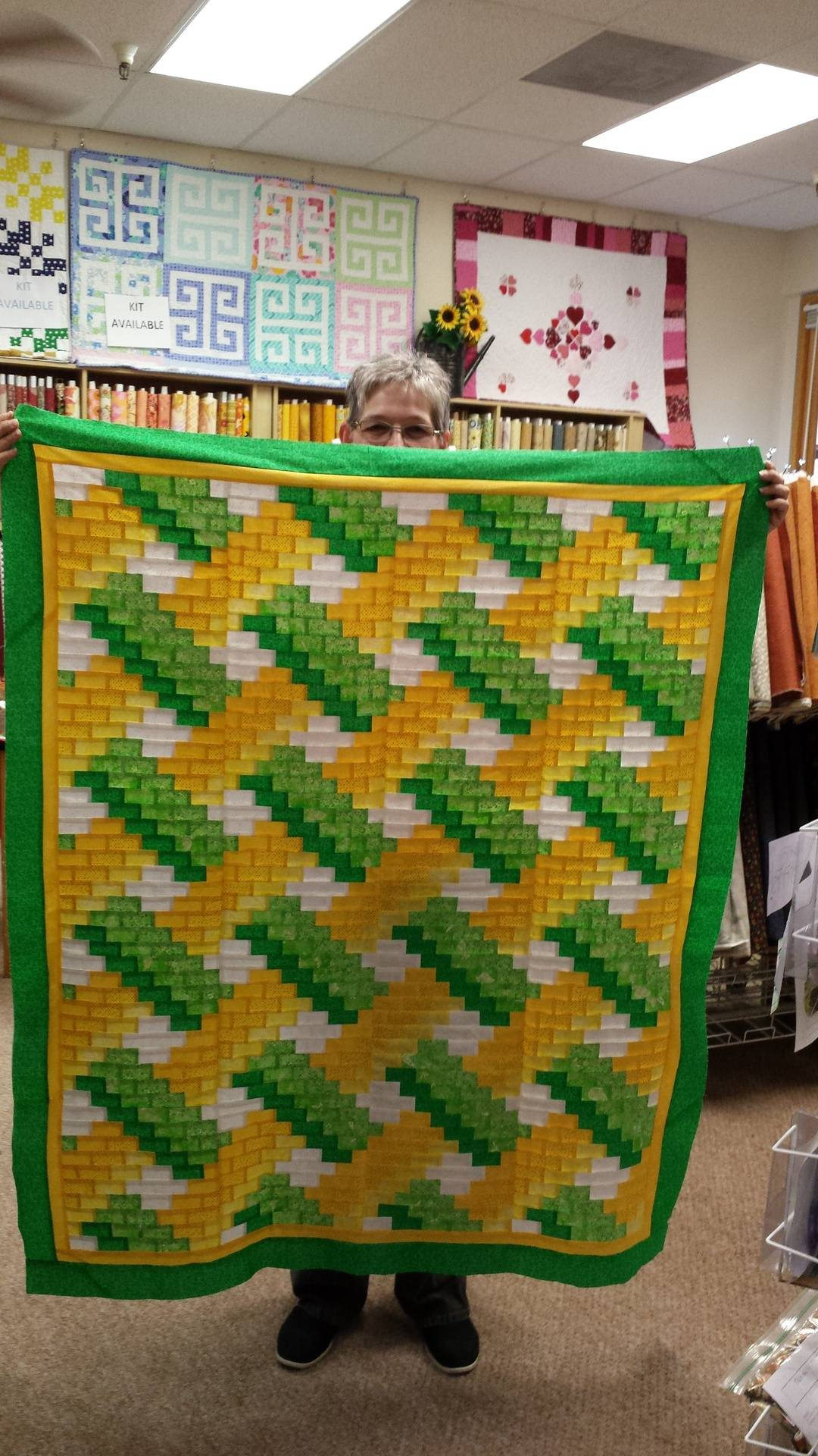 Look at Jan's wonderful Weaver Fever quilt!