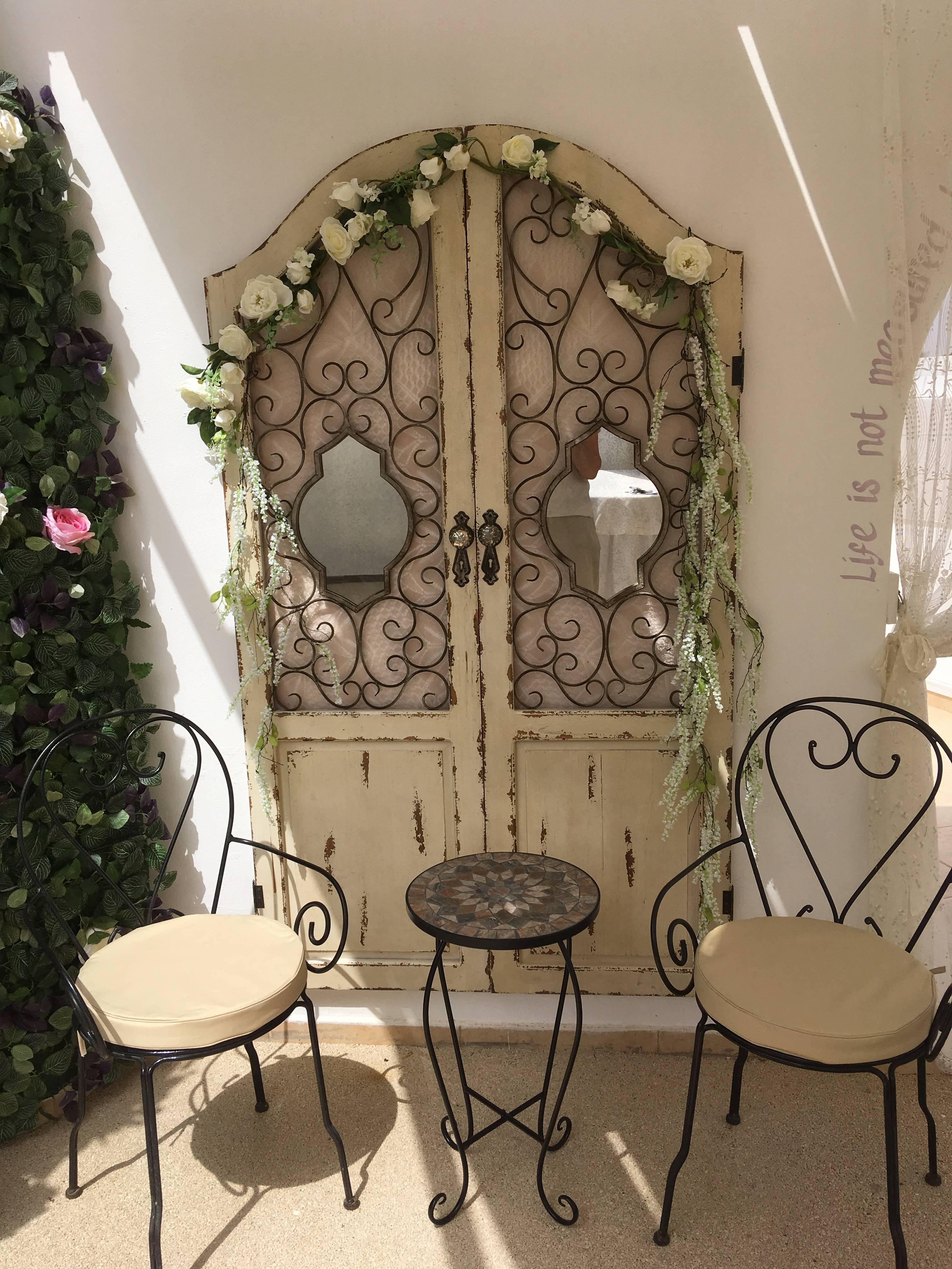 Vintage doors for photo oppurtunity.