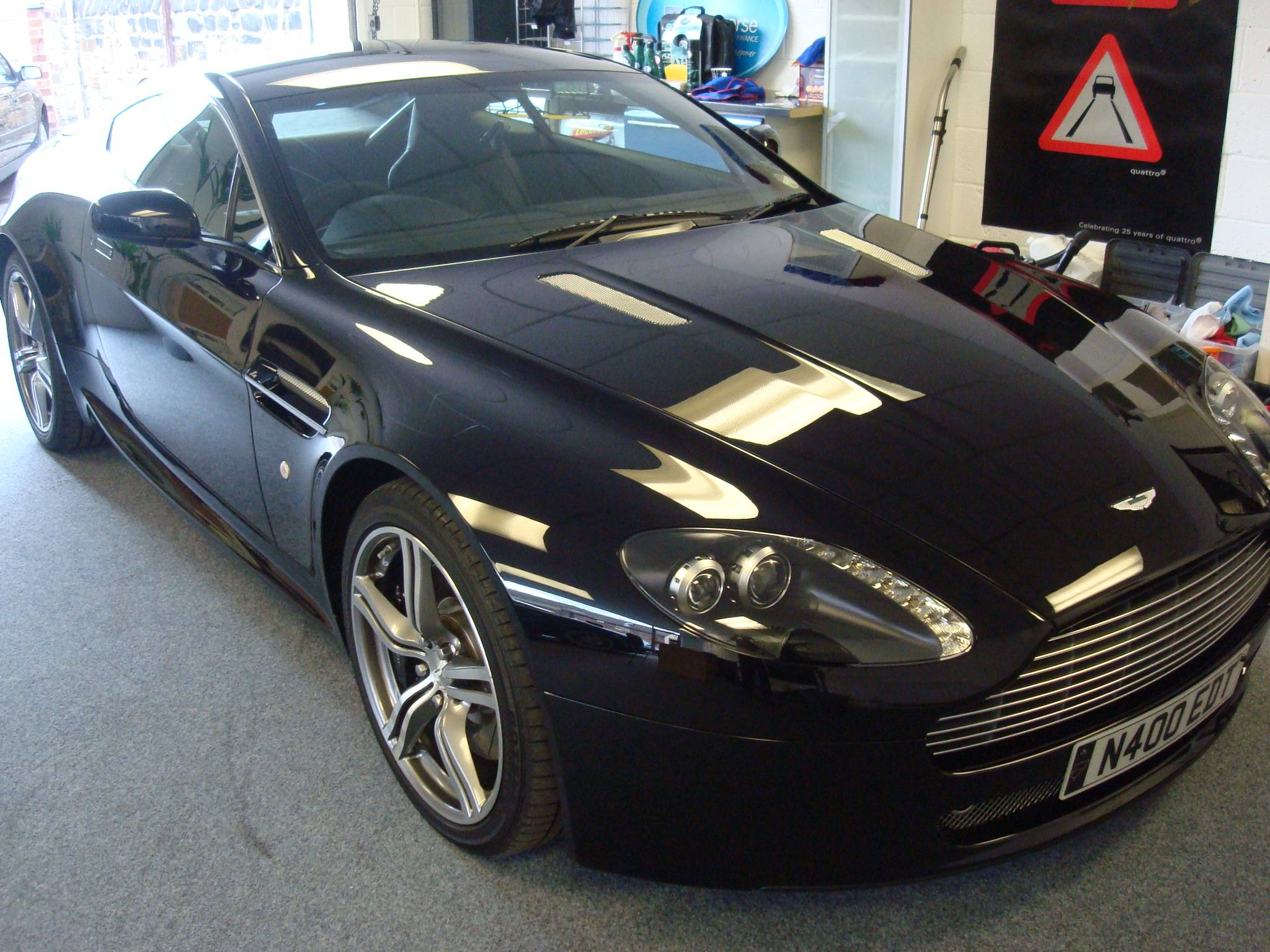 Aston Martin Vantage  Nürburgring